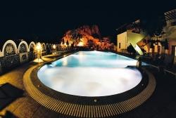 SANTORINI: Black Sand Resort