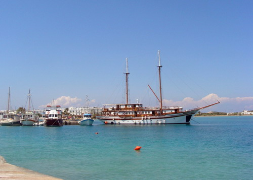 ANTIPAROS_PORT03_F6067.jpg