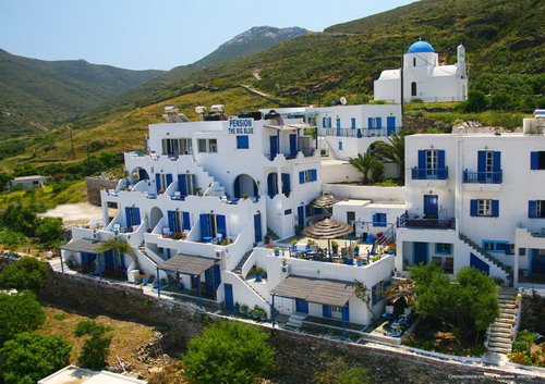 AMORGOS: PENSION THE BIG BLUE