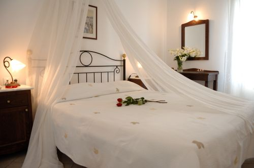 Hotels REVERIE TRADITIONAL APARTMENTS - THIRA