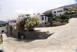 ΠΑΡΟΣ: PAROS PALACE