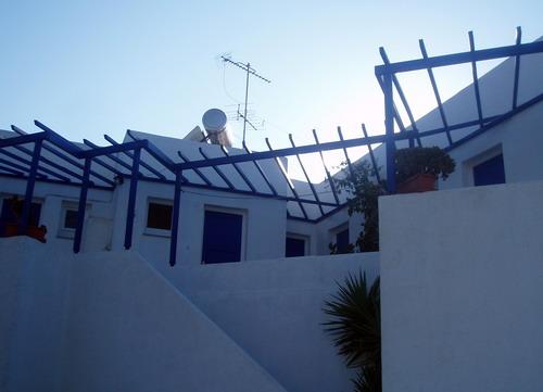 SYROS: MANOUSOS